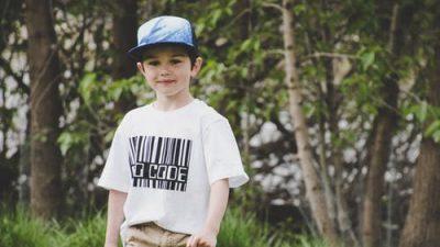 Прирождённый спасатель: 8-летний мальчик спас 5 человек за неделю