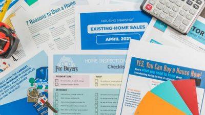 Раздаточная реклама: брошюры или буклеты?
