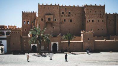 Голубой город под голубыми небесами Марокко (видео)