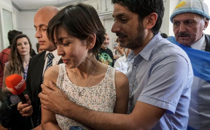 40-летняя женщина похоронила родителей и узнала, что они были… приёмными! Что случилось с родными мамой и папой?
