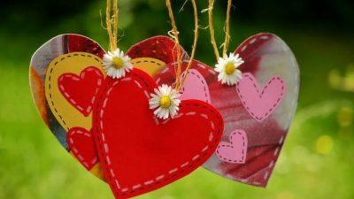 14 февраля муж дарит жене одну и ту же валентинку. И так 39 лет!