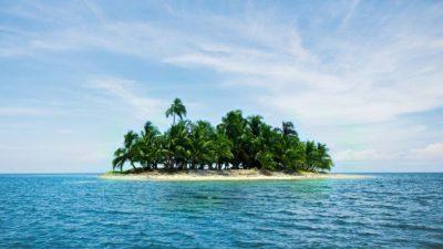 Одинокий бывший миллионер 20 лет живет на необитаемом острове