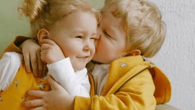 Женщина усыновила мальчика, а через пару месяцев взяла под опеку девочку. Малыши оказались братом и сестрой!