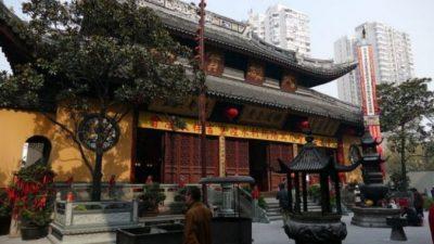 Храм Нефритового Будды в Шанхае перенесут на 30 метров