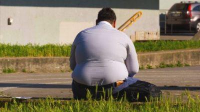 Дети смеялись, когда под толстым учителем ломались стулья. Пришлось похудеть (на 65 кг)
