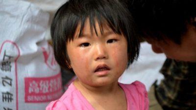 Папа купил дочке талисман «на удачу». Вместо удачи малышка чуть не заработала рак