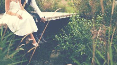 Молодожёнов обокрали прямо на свадьбе. Некоторые памятные вещи они смогли увидеть только через 35 лет