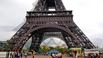 Парень не смог свозить девушку в Париж из-за карантина. И устроил «Париж» в своём городе