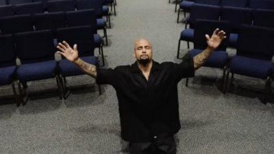 Брутальный лидер банды поверил в Бога, когда «услышал» его слова