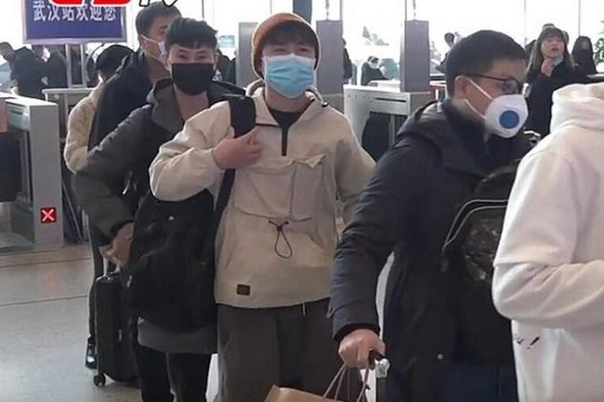 Заражённый коронавирусом китайский студент сам изолировал себя в гараже. И это было не зря!