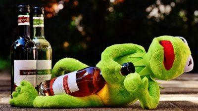 Мужчина отказался от алкоголя. Изменения во внешности поразительны!