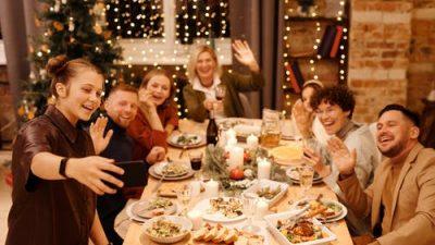 10 вкусных и быстрых закусок к новогоднему столу. На празднике должно быть разнообразие!