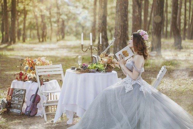 Утопая в белой пене… Свадебные платья 2014 года