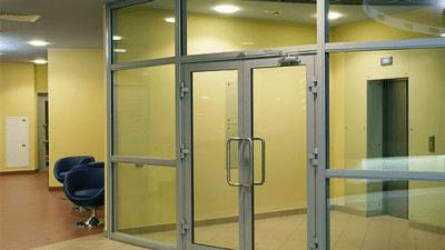 Раздвижная дверь в современном интерьере
