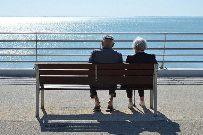 couple 3113574 960 720 700x517 676x450 1 - Супруги прожили 70 лет вместе и умерли в один день, держась за руки