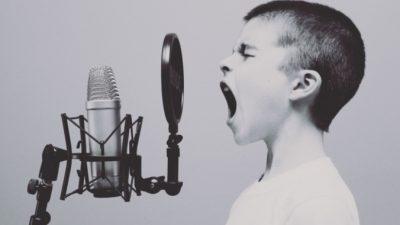 Заражение COVID-19 можно определить по голосу, предполагают учёные