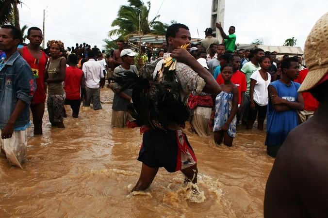 Наводнение на Мадагаскаре. Фото: ANDREEA CAMPEANU/AFP/Getty Images | Epoch Times Россия