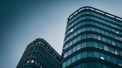 Рынок деловой недвижимости продолжает снижаться. Дна не видно