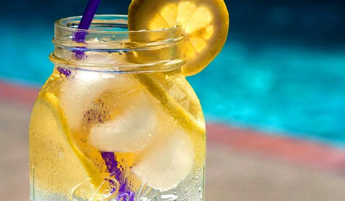 Одним из способов борьбы с накопленными токсинами могут стать рецепты с детокс-водой. Фото: ponce_photography/pixabay/CC0 Public Domain   Epoch Times Россия