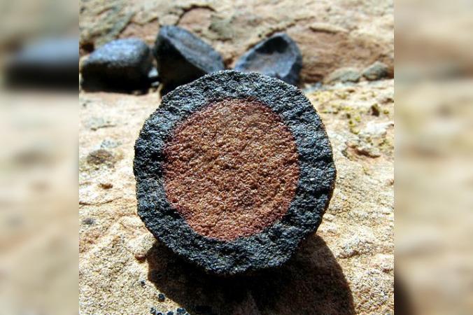 Неуместный артефакт: китайские учёные обнаружили железные трубы возрастом 150 тыс. лет