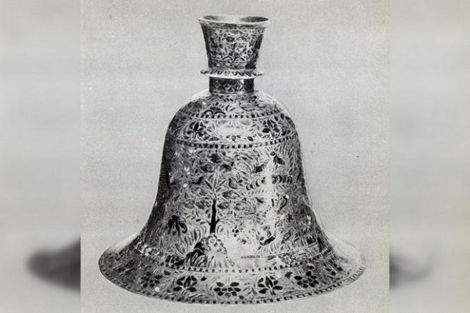 Аналогичный индийский канделябр, XIX век/ru.wikipedia.org/public domain   Epoch Times Россия