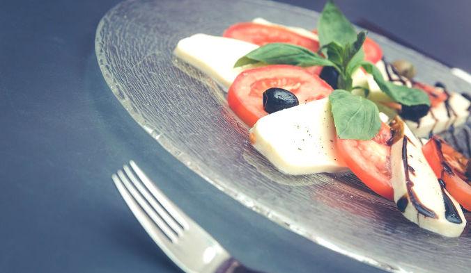 Белковые продукты (мясо, рыба) — ладонь, овощей и фруктов — кулак, сложных углеводов (круп) — ладонь. Фото: pexels /CC0 Public Domain | Epoch Times Россия