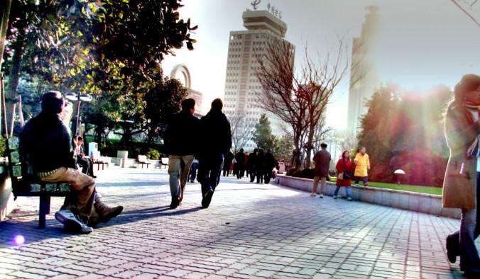 Не стоит недооценивать прогулки. Пожалуй, это последнее, что спасёт современного человека от гиподинамии и болезней цивилизации. Фото: David O/flickr/CC BY-SA 2.0 | Epoch Times Россия