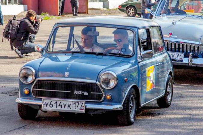 Mini Cooper Innocenti 1962 года. Ралли ретро-автомобилей «Закрытие сезона 2014». Фото: Алексей Николаев/Великая Эпоха | Epoch Times Россия