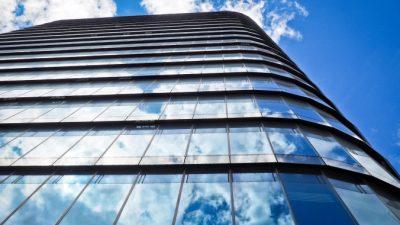 Выбор варианта остекления балкона