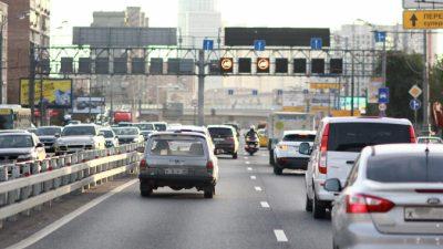 Столичным автомобилистам можно будет послать SMS по номеру машины