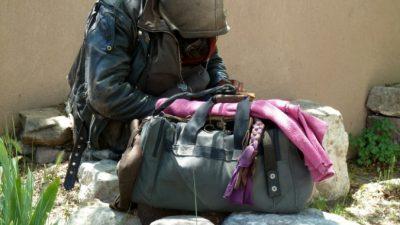 20 лет бродяжничества закончились, когда прохожая услышала бормотание бездомного