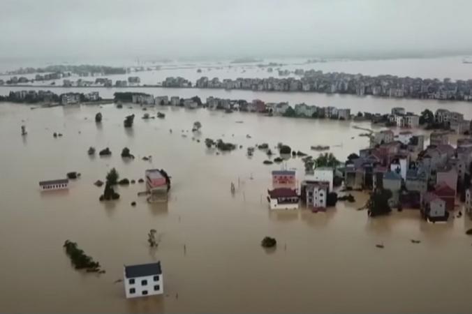 (Видео) 3 тайфуна обрушились на Северо-Восточный Китай и уничтожили урожай