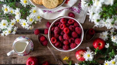 7 здоровых фруктов и ягод, которые доступны круглый год