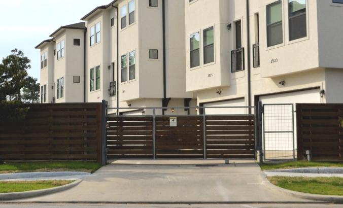 real estate 32 676x410 1 - Откатные ворота и их особенности