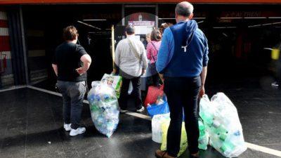 Итальянцы придумали, как стимулировать людей на борьбу с пластиковым мусором: давать им билеты на метро!
