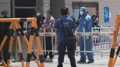 Пекин публикует противоречивые данные о количестве заболевших по мере обострения эпидемии