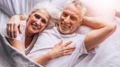 Теорию, что с возрастом супруги походят друг на друга, учёные опровергли. И объяснили, как это получается на самом деле