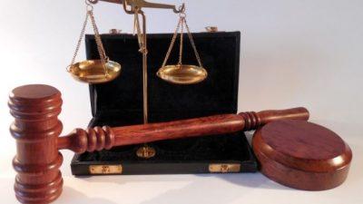 Адвокатская помощь при судебных разбирательствах уголовного дела