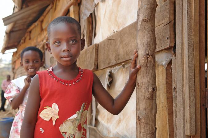 Семья удочерила сироту из Уганды. Они пришли в ужас, когда девочка выучила английский