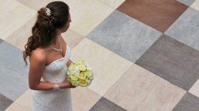 Невеста заранее устроила свадебную съёмку, узнав о смертельной болезни любимой бабушки