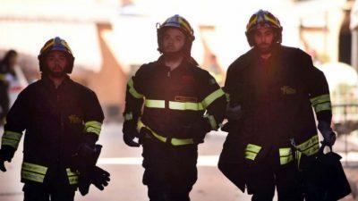 (Видео) Спасатели извлекли из-под завалов 3-летнюю девочку. Спустя 65 часов после землетрясения в Турции