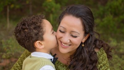 4-летний сын растрогал маму до слёз. Он уже сейчас понимает, что значит быть мужчиной