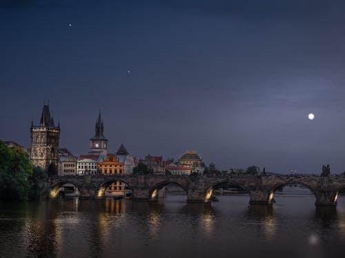 Карлов мост, Прага.  Jarod Barton/pexels.com / License  | Epoch Times Россия