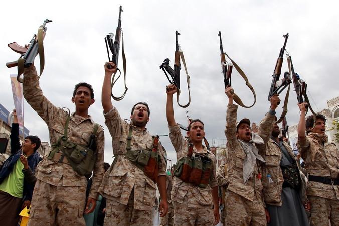 Повстанцы в Йемене. Фото: MOHAMMED HUWAIS/AFP/Getty Images   Epoch Times Россия
