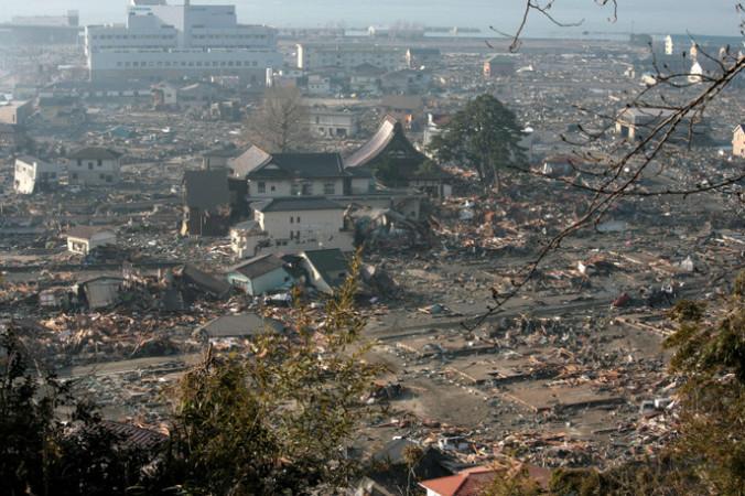 Последствия цунами. Фото:  Toshiharu Kato/Japanese Red Cross/IFRC via Getty Images | Epoch Times Россия