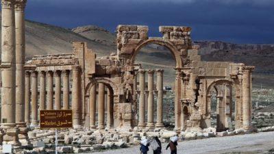 ИГИЛ может разрушить Пальмиру