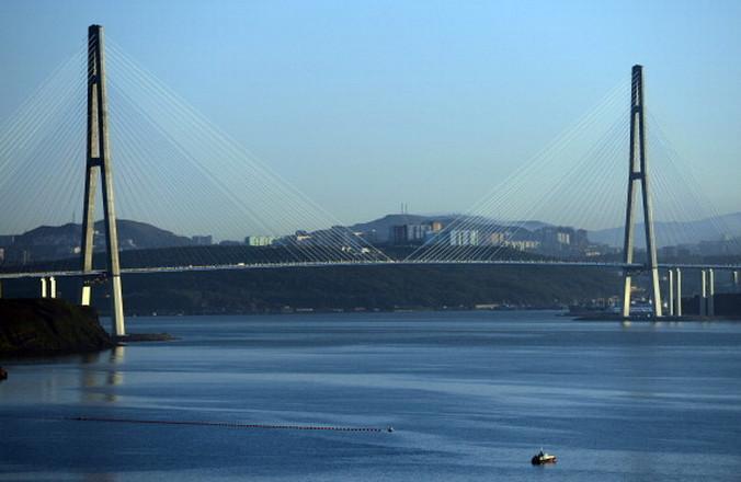 Владивосток, Золотой мост. Фото: SAEED KHAN/AFP/GettyImages   Epoch Times Россия