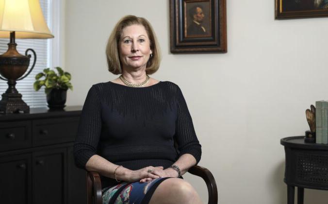 Сидни Пауэлл, автор бестселлера «Лицензия на ложь» и ведущий адвокат более чем 500 апелляций в Апелляционном суде пятого округа США, Вашингтон, 30 мая 2019 года. Samira Bouaou/The Epoch Times   Epoch Times Россия