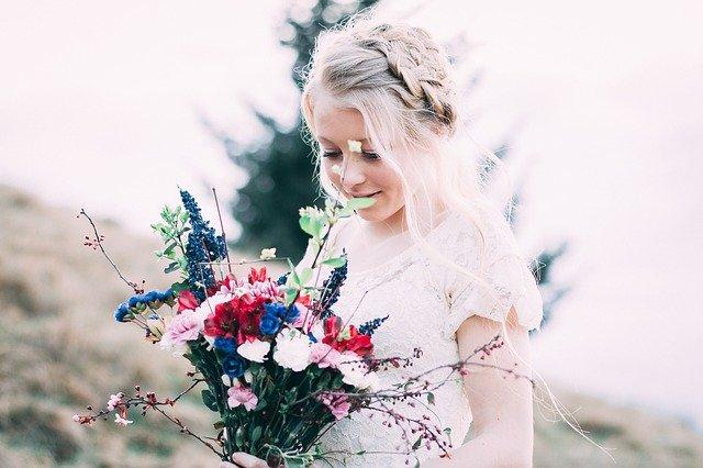 Свадебные платья для полных женщин представила Дженни Пекхэм