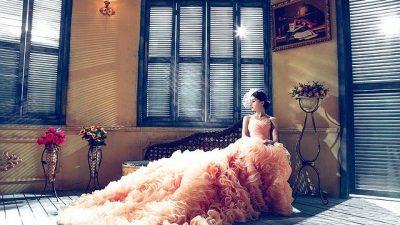 Дизайнер Альфред Анджело представил сказочные свадебные платья